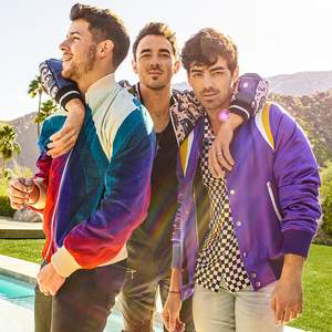 Jonas Brothers tour tickets