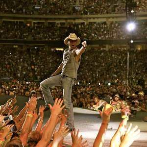 Kenny Chesney tour tickets