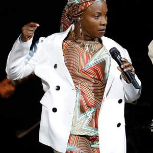 Angelique Kidjo tour tickets