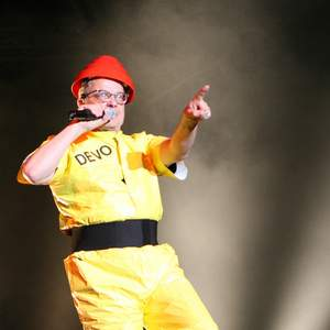 Devo tour tickets