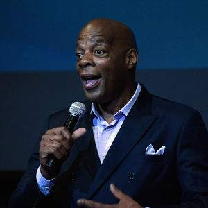 Alonzo Bodden tour tickets