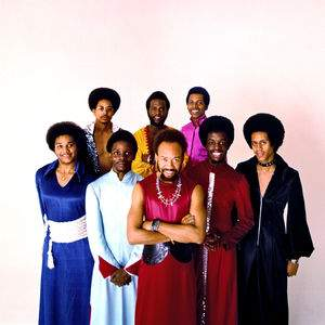 """Earth,Wind and Fire"" tour tickets"